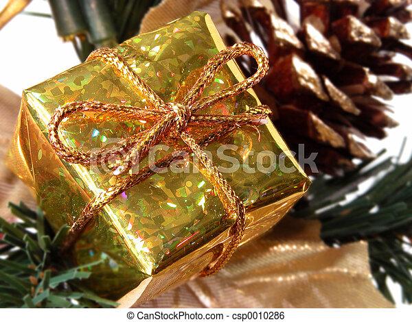 Christmas Gift Box - csp0010286