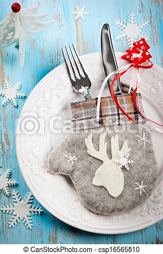 Christmas table setting - csp16565810