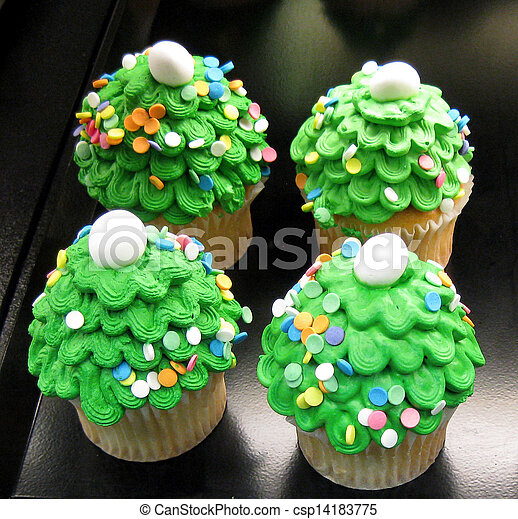 Christmas Tree Cupcakes Cupcakes Decorated To Look Like Small