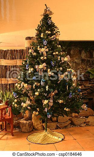 12 Foot Christmas Tree.Christmas Tree