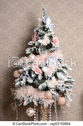 Christmas Tree With Pink And White Patchwork Ornament Artificial Flowers Butterflies For New Year