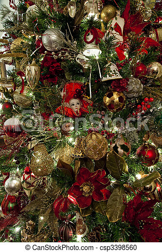 christmas tree with red mask and gold ball csp3398560