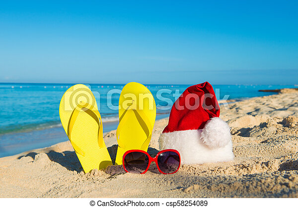 16bd7fbebbaf Christmas vacation at sea. happy new year holidays. santa hat ...
