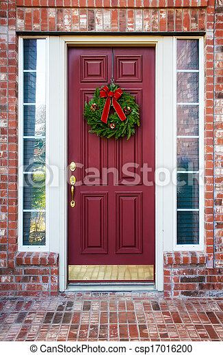 Christmas Wreath On A Red Door Christmas Wreath Hanging On A Red