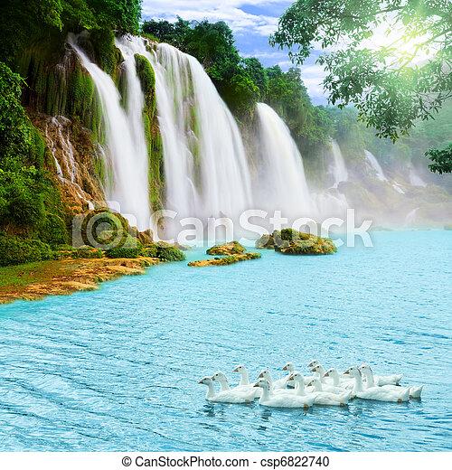 chute eau - csp6822740