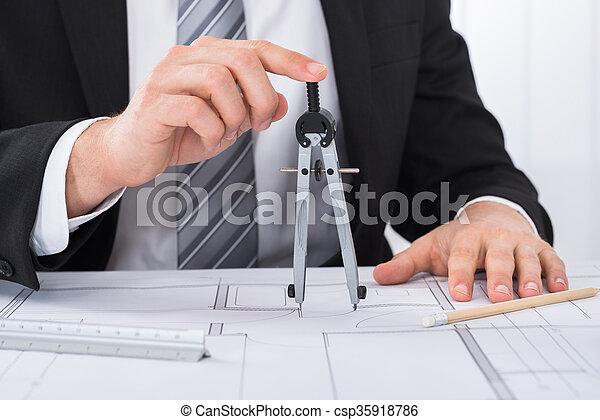 cianotipo, manos, arquitecto, tenencia, compás, macho - csp35918786