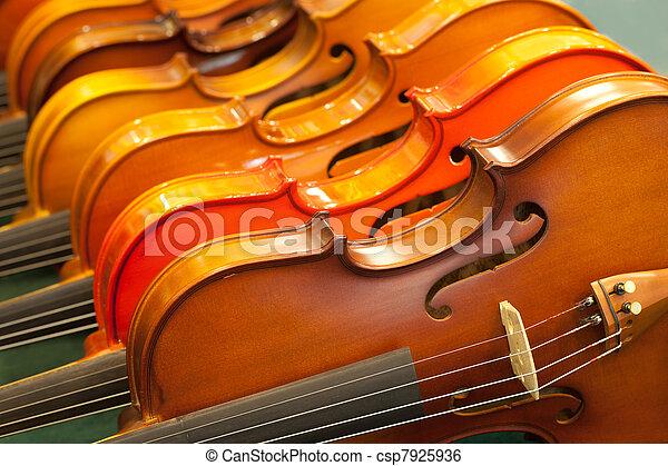 cicatrizarse, violín - csp7925936