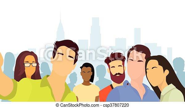 cidade, grupo, pessoas, foto, levando, selfie, vista - csp37807220