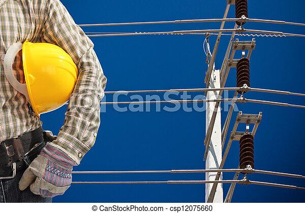 ciel bleu, élevé, poteau électricité, tension - csp12075660