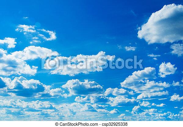 cielo azul, plano de fondo - csp32925338