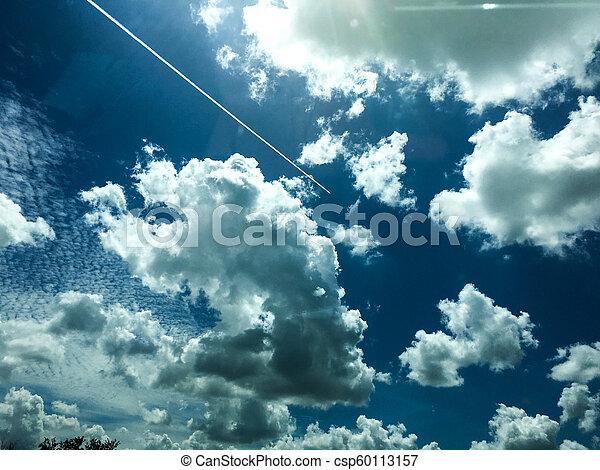 Trasfondo del cielo azul - csp60113157