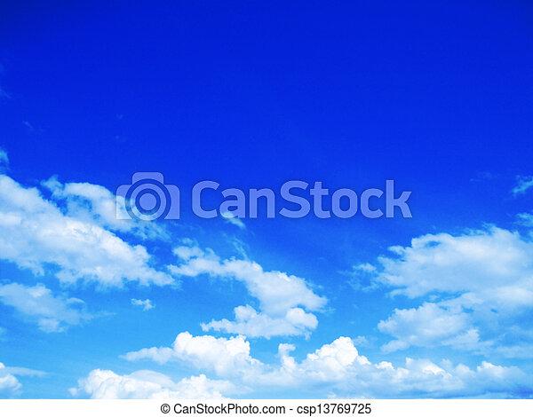 cielo azul, plano de fondo - csp13769725