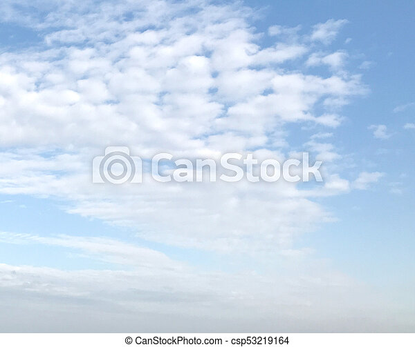 cielo azul, plano de fondo - csp53219164