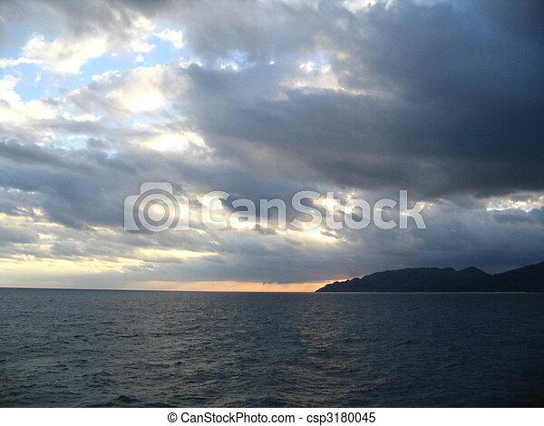 SEA Y SKY - csp3180045