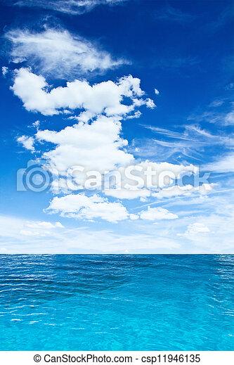 cielo, nublado, océano - csp11946135