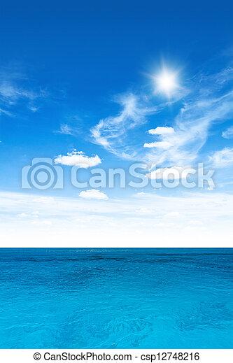 cielo, nublado, océano - csp12748216