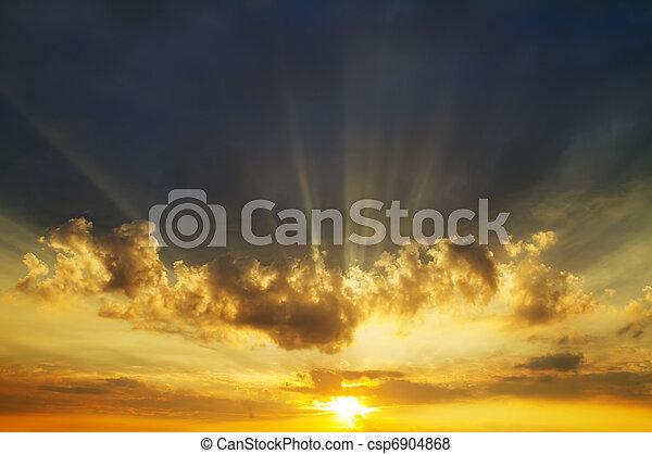 cielo, salida del sol - csp6904868