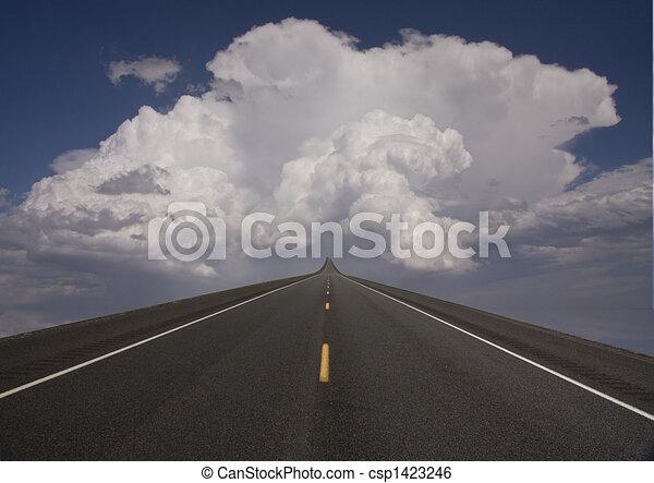 cielo, strada - csp1423246