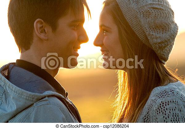 cierre, pareja, amor, arriba, sunset. - csp12086204