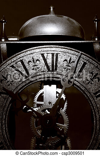 El viejo reloj cierra la vista - csp3009501