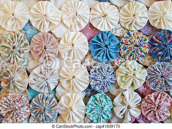 Circle Puff Quilt Design Close Up Of Circle Puff Patchwork Quilt