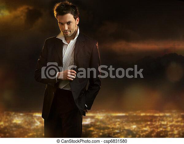 città, sopra, giovane, elegante, fondo, notte, uomo, bello - csp6831580