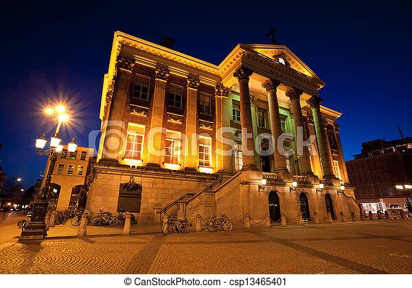 Groningen Weihnachtsmarkt.City Hall In Groningen City At Night