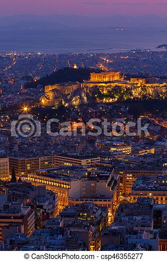 Cityscape de Atenas por la noche, Grecia - csp46355277