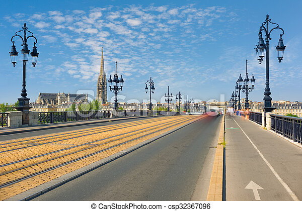 Cityscape of Bordeaux in a summer day - csp32367096