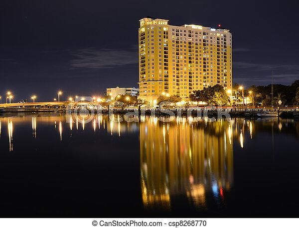 La ciudad de Tampa - csp8268770