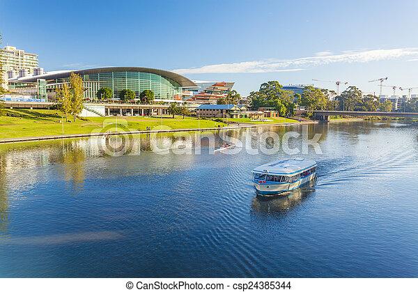 Adelaide City en Australia durante el día - csp24385344