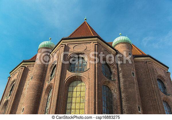 Construcciones en Munich City Center - csp16883275