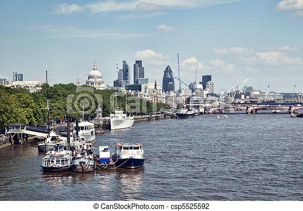 Ciudad de Londres - csp5525592