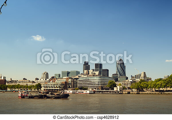 Ciudad de Londres Skyline. - csp4628912