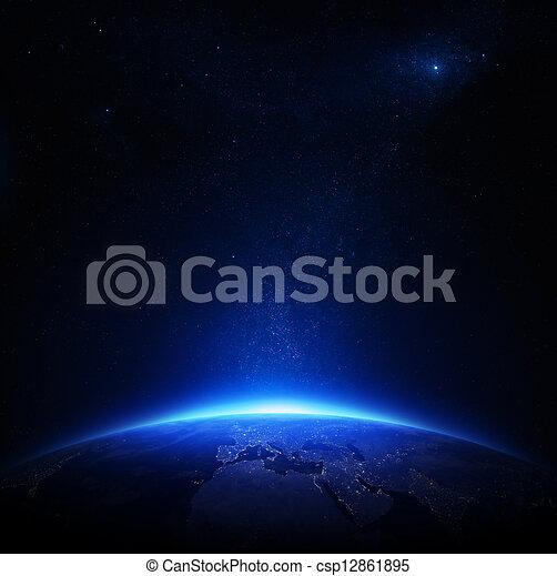 Tierra por la noche con luces de ciudad - csp12861895