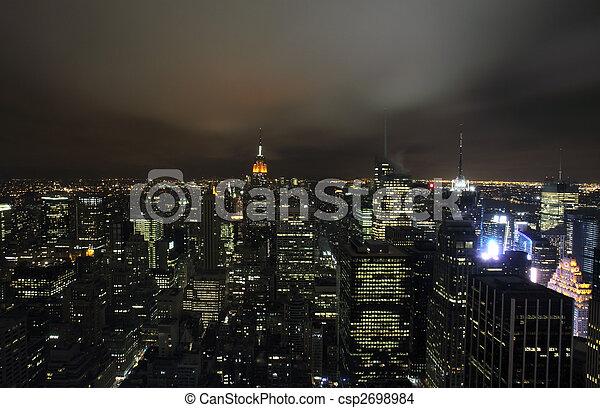 ciudad nueva york - csp2698984