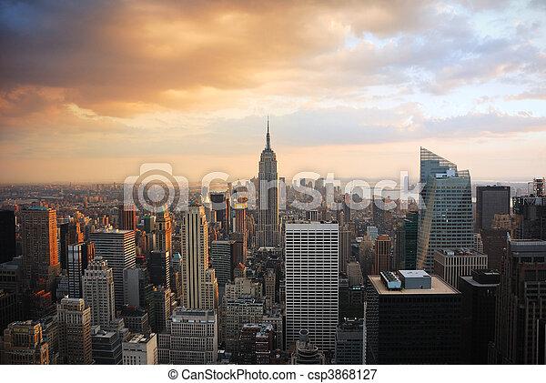 ciudad nueva york - csp3868127