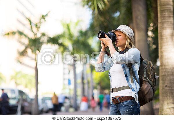 ciudad, toma, turista, fotos - csp21097572