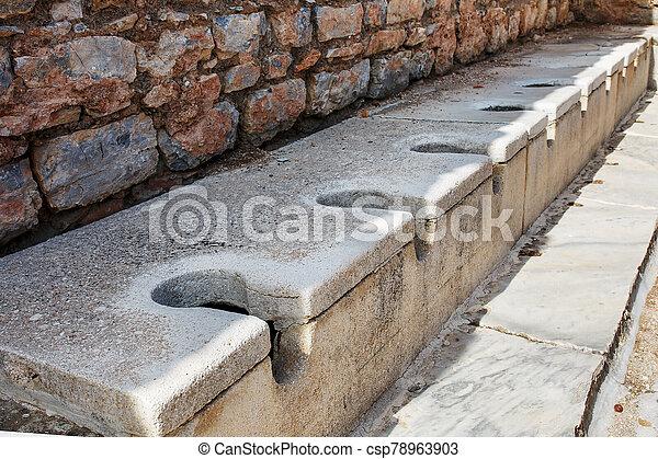 ciudad, turkey., servicio, mármol, público, ephesus, antigüedad - csp78963903