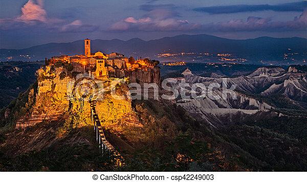 Civita di Bagnoregio, Viterbo, Lazio, Italy: landscape at twilight - csp42249003
