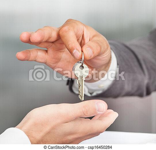 clés, maniement - csp16450284