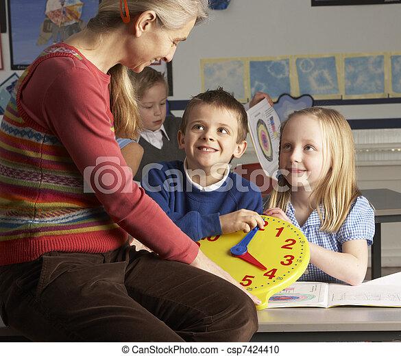 classe, école, primaire, enfants, prof, femme, temps, enseignement, dire - csp7424410