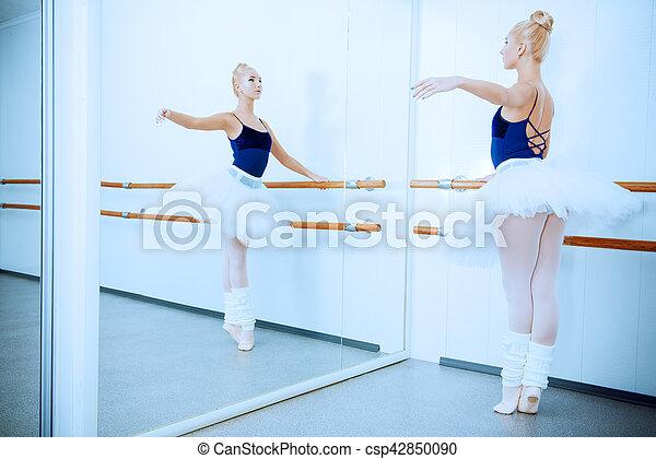 classical ballet - csp42850090