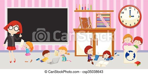 classroom dzieci, nauczyciel - csp35038643