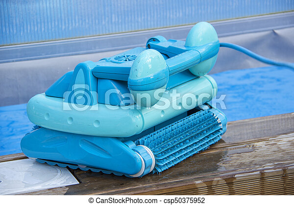 Cleaning robot for cleaning the bottom of swimming pools.