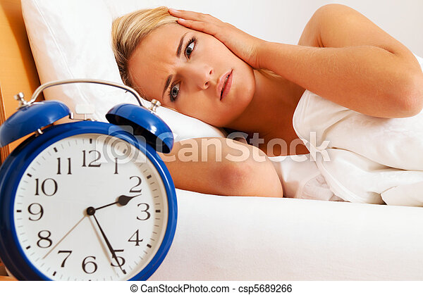 Clock with sleepless at night. Woman can not sc - csp5689266