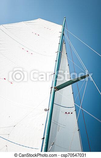 close-up, velejando, cordas, vela, iate, tecido, pano, mastros, tri-yacht, branca, ou, bote - csp70547031