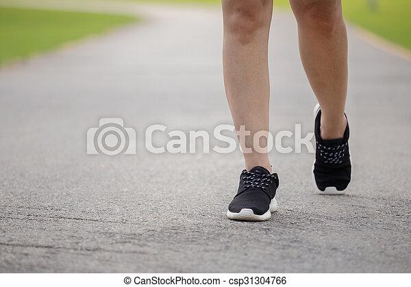 Close-up women jogging  - csp31304766