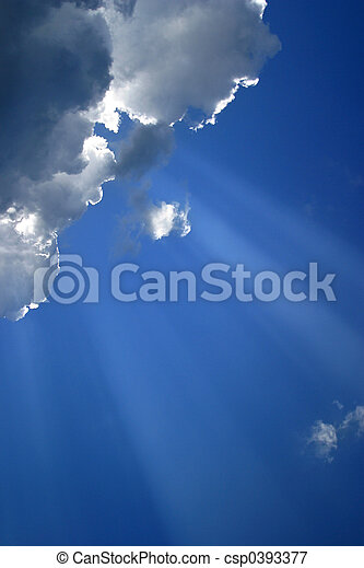 Cloud with beams - 1 - csp0393377