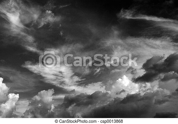 Clouds b&w III - csp0013868